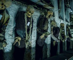 غرائب الطبيعة : سرداب الموتى فى ايطاليا