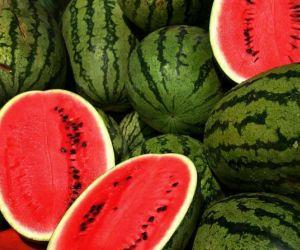 فوائد البطيخ واضراره على صحة الانسان