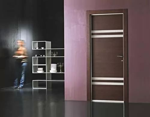 أشكال أبواب شقق وأبواب غرف خشبية مودرن   سحر الكون