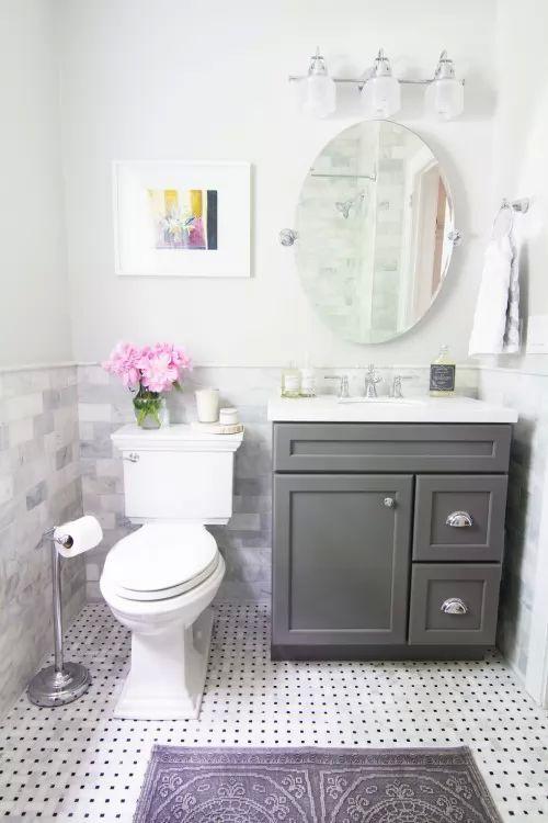 كيف تصمم ديكور حمام جذاب و انيق برغم صغر مساحته ؟   سحر الكون