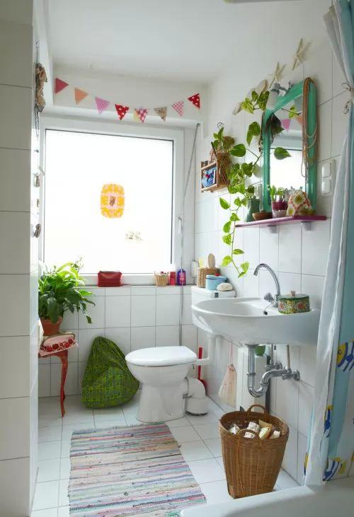 تصميم حمام جداب رغم صغر مساحته طاسيلي الجزائري