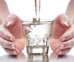 ماهي فوائد شرب الماء الصحية ؟