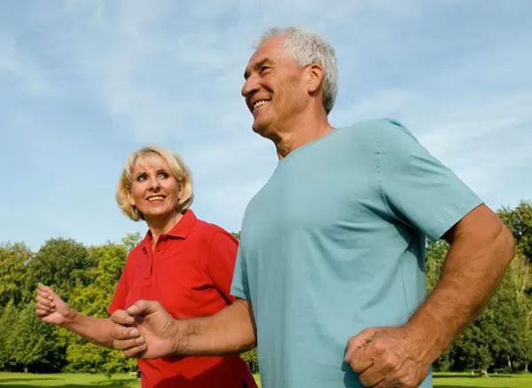 صور - ممارسة الرياضة و امراض القلب