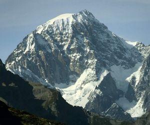 هل تعرف اين يقع الجبل الاسود ؟