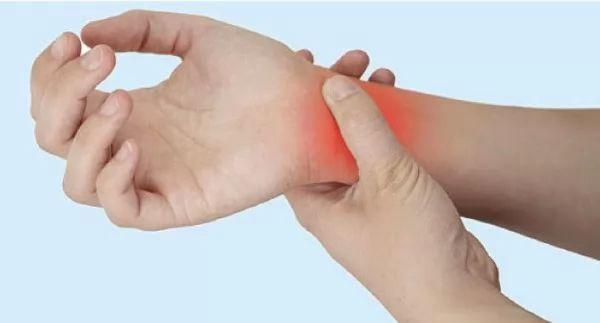 صور - ما هى اعراض التهاب الاوعية الدموية وطرق علاجها؟