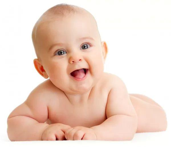 ما هى المعالم التى تميز الطفل في عمر ثلاث شهور ؟