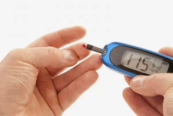 ما هى اسباب انخفاض السكر في الدم 9076_1_or_1485470980.jpg