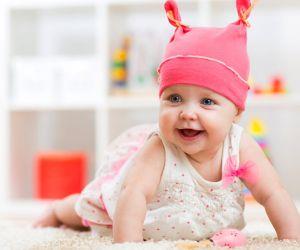 كيفية تنمية الطفل في عمر 9 اشهر ؟