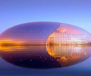 العالم يدين ببعض من اغرب المباني للمهندسين المعماريين الموهوبين، الذين استطاعوا عمل ابدعات معمارية باستخدام الطوب و الحجارة ، وقد ساهم التطور فى ...