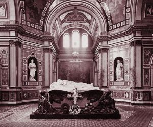 ما هى قصة وفاة الملكة فيكتوريا اشهر ملكة فى العالم ؟
