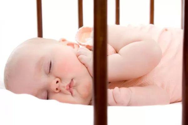 نصائح مهمة عن احتياجات النوم عند الاطفال
