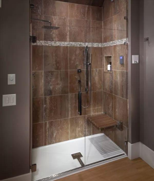 صور - تصميمات انيقة من كبائن الحمامات الزجاجية