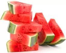 تعرف على فوائد البطيخ الصحية والقيمة الغذائية