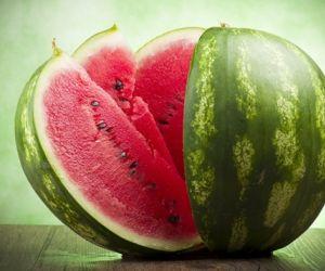 فوائد البطيخ كثيرة فهو نوع من انواع الفاكهة الكبيرة ، المعروفة علميا بإسم Citrullus lanatus ينبع البطيخ اصلا من جنوب افريقيا ويرتبط بمجموعة من ...