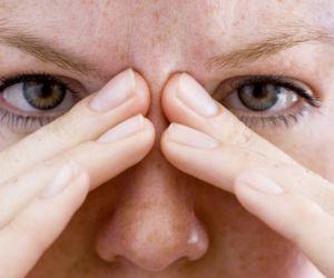 بفضل التكنولوجيا الجديدة اصبح يمكنك التخلص من بعض امراض العيون الشائعة بالليزك، لكن البعض لدية مشاكل بسيطة فى العيون ويريد علاجها بدون ليزك او عملية ...