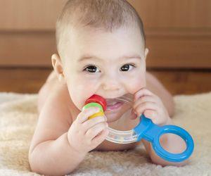 التسنين وظهور الأسنان الأولى للطفل قد يكون وقتا صعبا بالنسبة للاباء و الامهات ، ولكن معرفة ما يحدث أثناء التسنين سوف يساعد فى التعامل مع هذه المرحلة ...