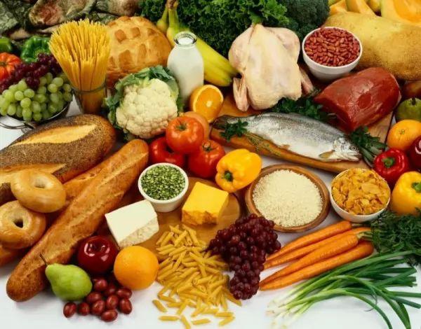 ما هي اسباب التسمم الغذائي ؟