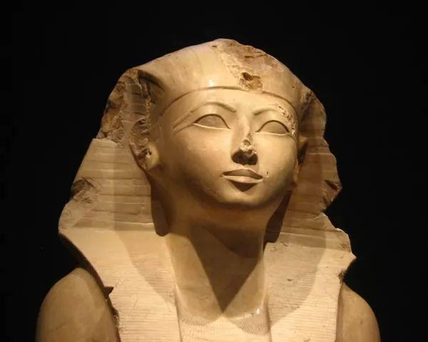 اسرار الملكة حتشبسوت ملكة المفقودة