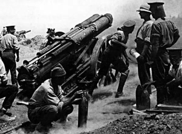 ما هى اسباب دخول الولايات المتحدة الحرب العالمية الاولى ؟