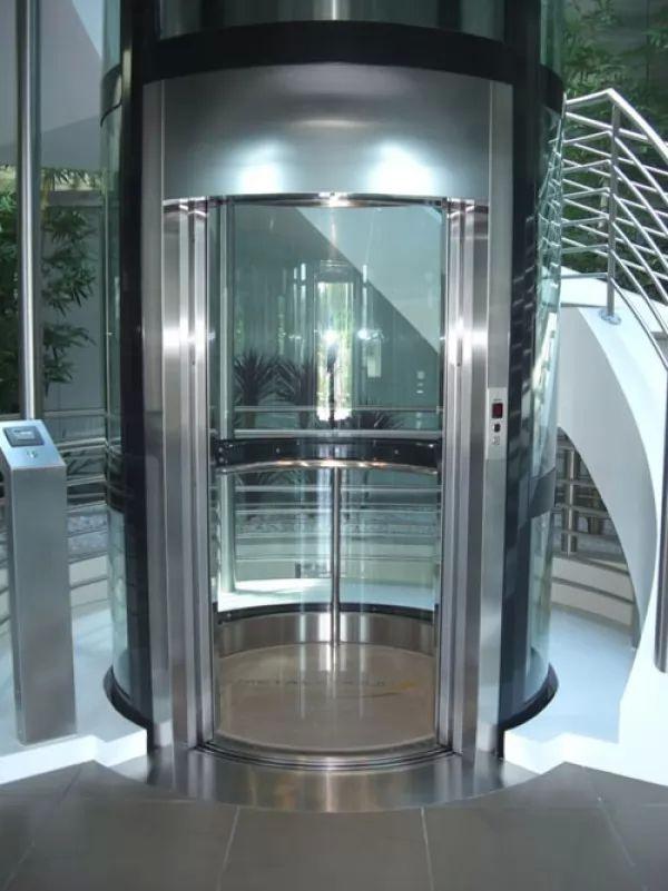 ماذا تعرف عن اختراع المصعد ؟