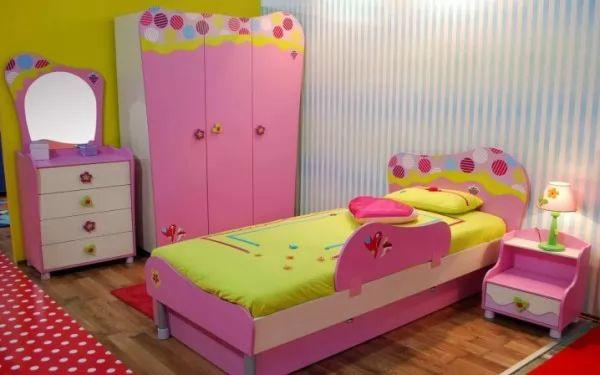 تصاميم الاطفال المودرن بالوان جذابة