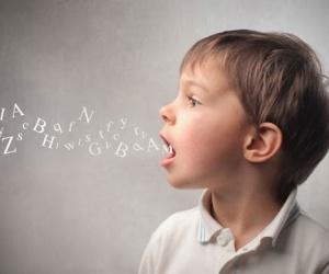 في الكثير من الاحيان انت لا تسمع كلام الطفل على الفور، ولكن ما لا تعرفه ان الطفل يبدأ بتطوير اللغة منذ ان يكون مجرد رضيع ، ويعتقد البعض ان الاصوات ...