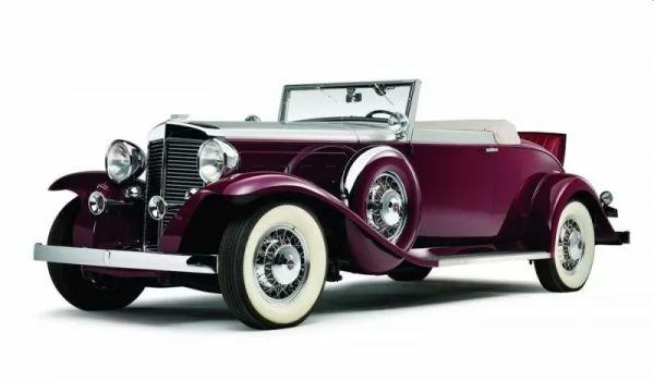 صور - ماذا تعرف عن اختراع السيارة ؟