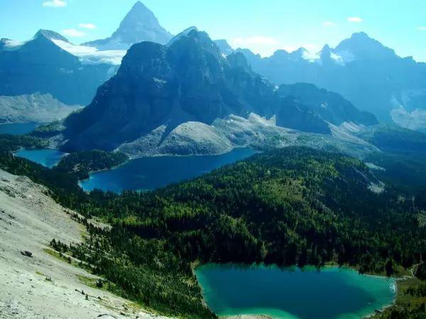 جبل أسينيبوان من اجمل جبال العالم