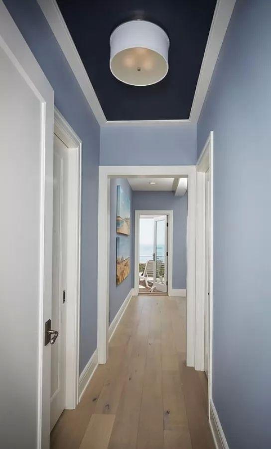 تزيين ممرات المنزل باللون الازرق