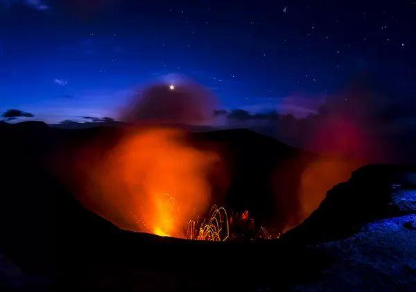 بركان جبل ياسور من اشهر البراكين في العالم