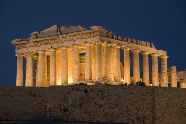 من اشهر المعالم الاثرية في العالم البارثينون