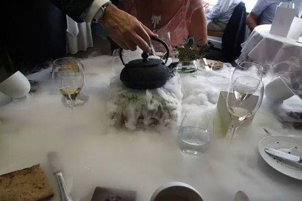 مطعم البطة الممتلئة من اغلى المطاعم في العالم