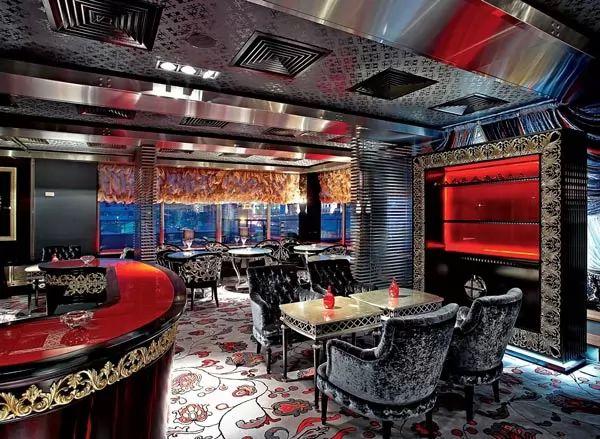 مطعم فارفاري من اغلى المطاعم في العالم