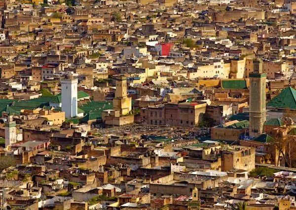 فاس من اشهر الاماكن السياحية في المغرب
