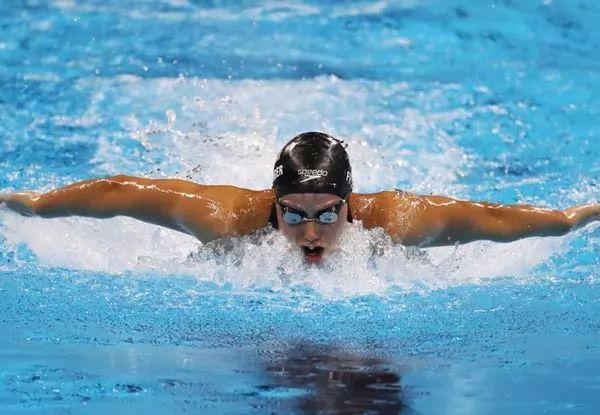 السباحة من الرياضات الخطرة