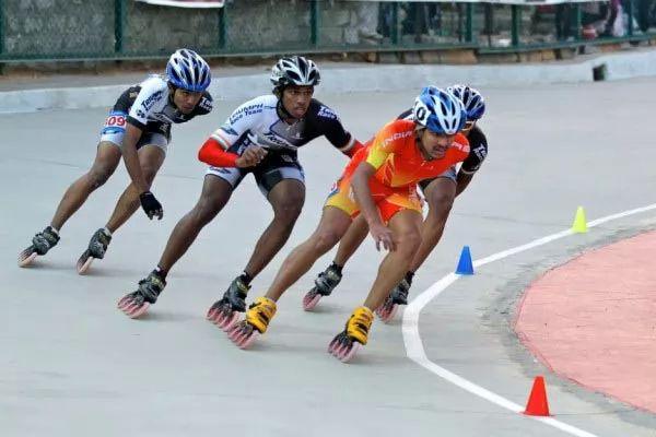 التزلج من الرياضات الخطرة
