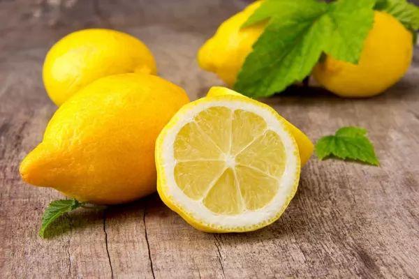علاجات منزلية لمكافحة التسمم الغذائى treatment-of-food-poisoning_10030_1_1509238659.jpg