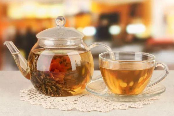 فوائد شاي الاعشاب الصحية