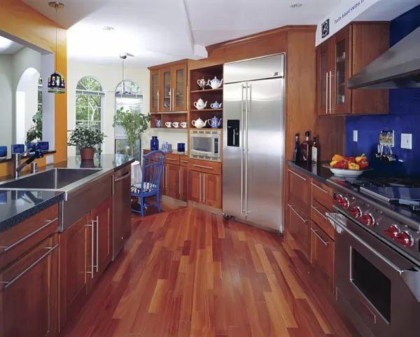 عيوب اختيار الارضيات الخشبية فى المطابخ