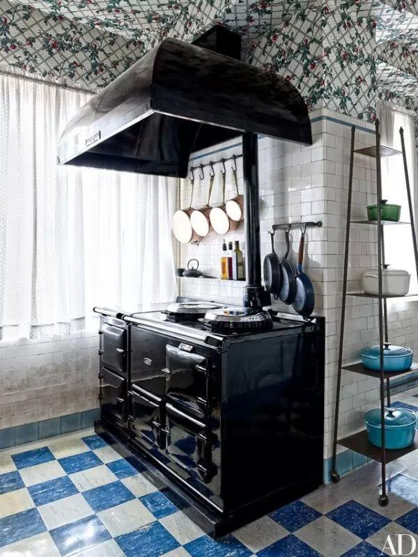 ترتيب اوانى وادوات المطبخ من افكار ترتيب المنزل