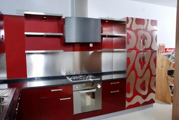 الوان المطابخ الحمراء تعكس اجواء مثيرة لديكورات مطبخك