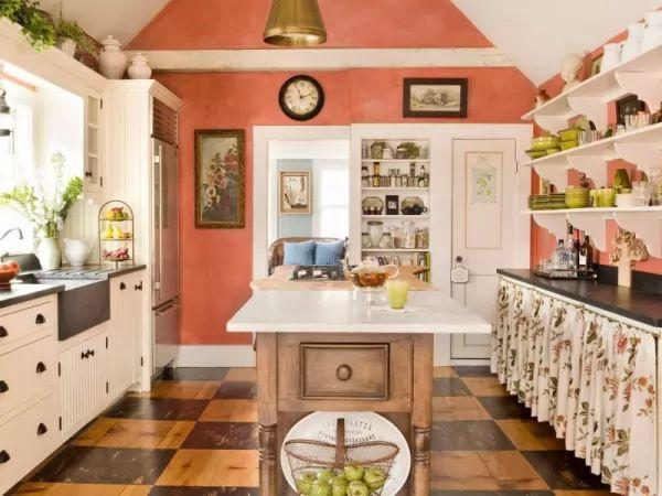 الوان المطابخ الرائعة تجمع بين اللون الابيض مع البرتقالى