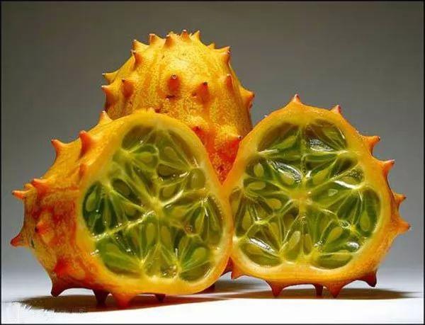 الفواكه العالم strange-fruits-in-th
