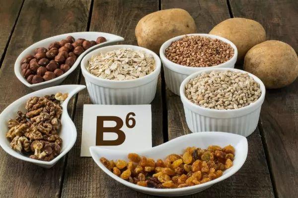 فيتامين B6 لعلاج القيء عند الحامل