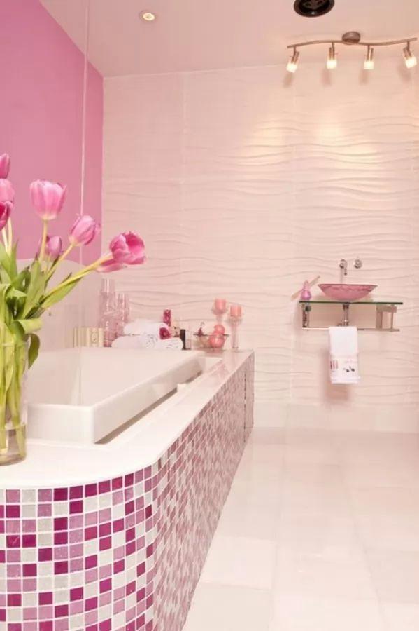 اضافة جانب بالحمام من بلاط الحمامات الموازيك