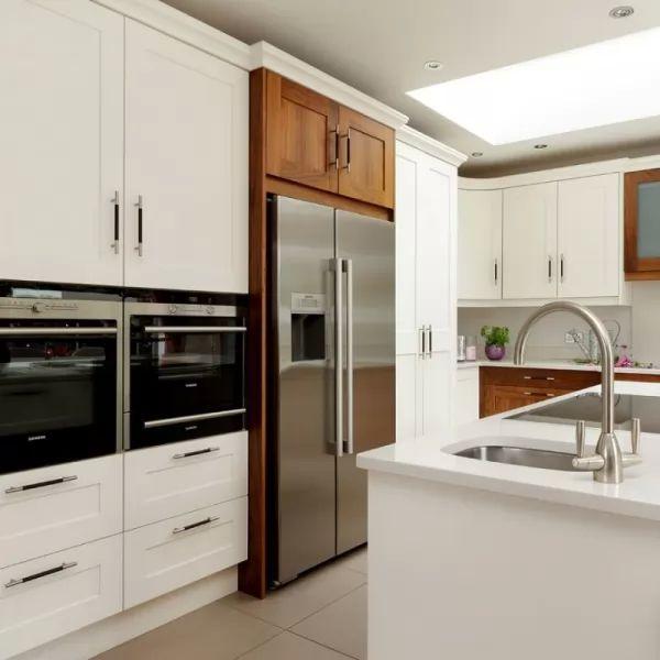 Fitted Kitchen Kitchen Design Specialists: سؤال المتخصصين في تخطيط المطبخ