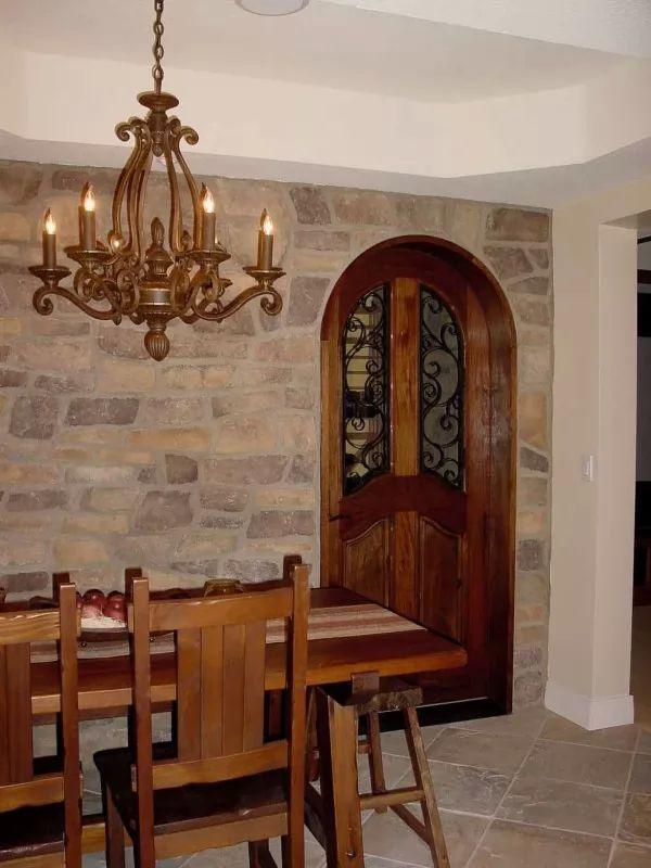 احدث تصاميم الابواب الخشب للمنازل والفلل