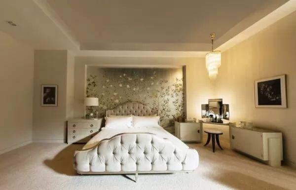 ديكورات ورق الحائط لغرف النوم wallpaper-bedroom_10394_5_1522521180.jpg