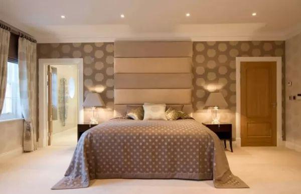 ديكورات ورق الحائط لغرف النوم wallpaper-bedroom_10394_5_1522521294.jpg