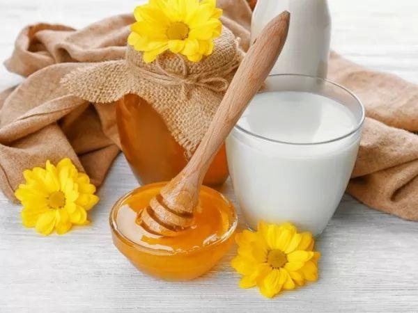 العلاج بالطبيعة 2019_هل تناول العسل
